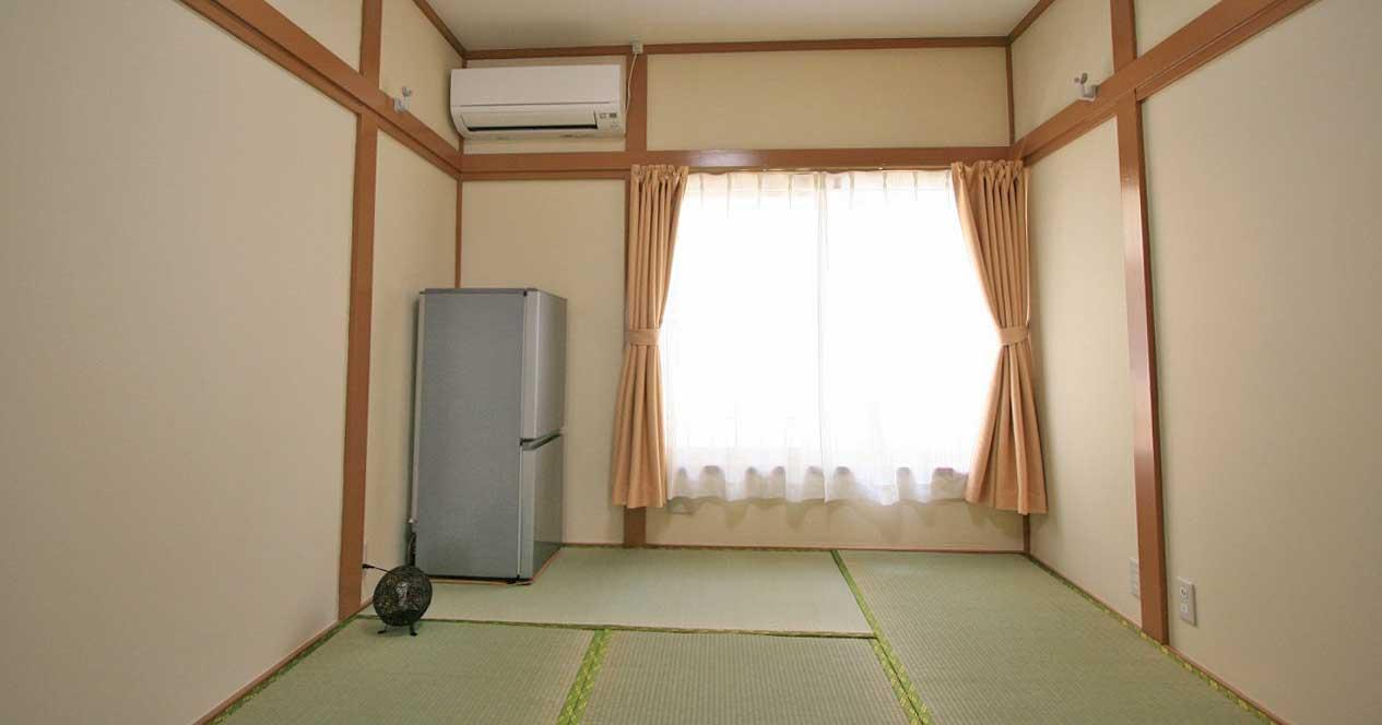 カーサ中山204号室